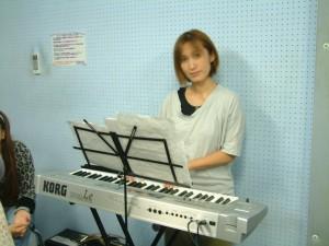 """ピアノ担当""""西村さん"""""""