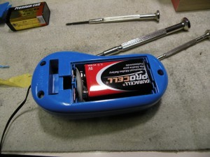 マリオもEMGもバッテリーはプロセル。